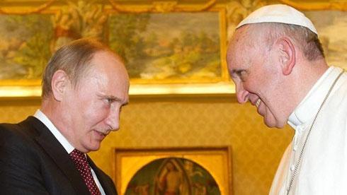 Владимир Путин и папа Фрања (фото: AP)