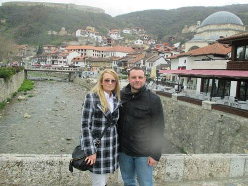 Драгана Трифковић и Мануел Оксенрајтер у Призрену, приликом посете КиМ