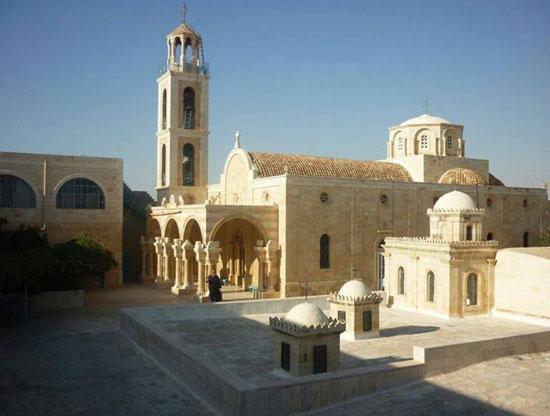 Манастир Светог Теодосија Великог у Јудејској пустињи, на путу ка манастиру Светог Саве Освећеног