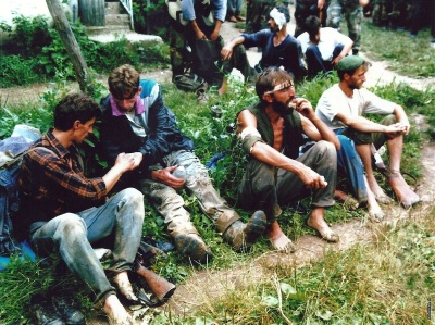 Припадници колоне 28.дивизије после пробоја