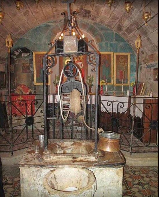 Назарет, црква Благовести и Богородичин извор где јој је архангел Гаврило јавио благу вест