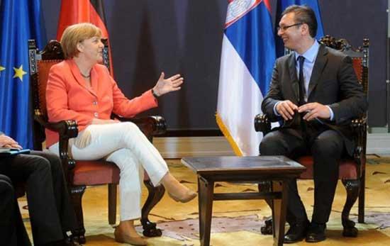 Merkel-i-vucic-550