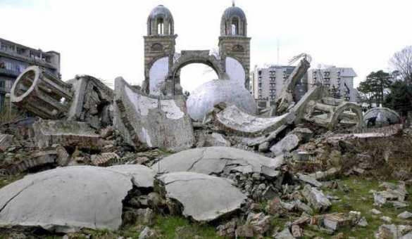 srusena-crkva-kim