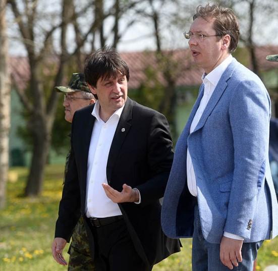 Братислав Гашић и премијер Александар Вучић (Фото М.О.)