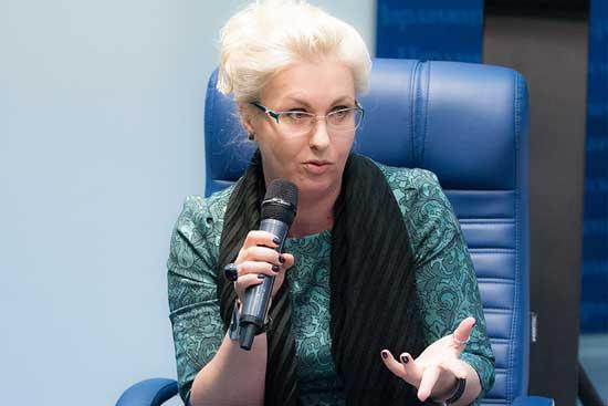 Јелена Пономарјева (Парламентская газета)