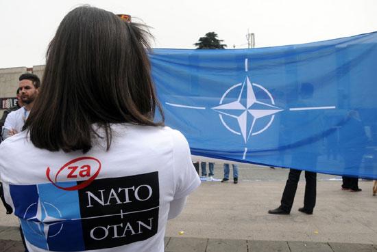 За НАТО и за ОТАН