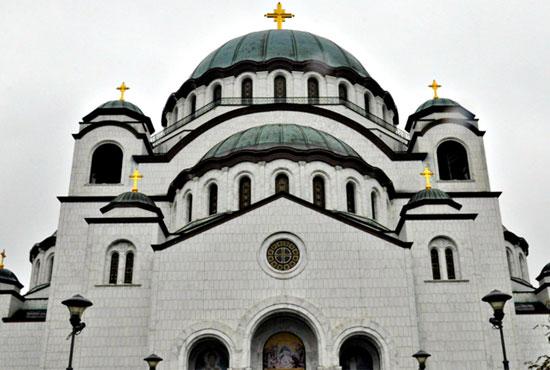 Храм Саввы Сербского в Белграде в южной центральной части Белграда холме по имени Врачар. Фото Елены Оганесян.