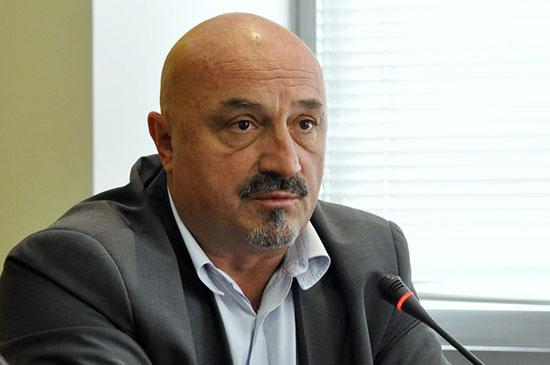 Горан Петронијевић