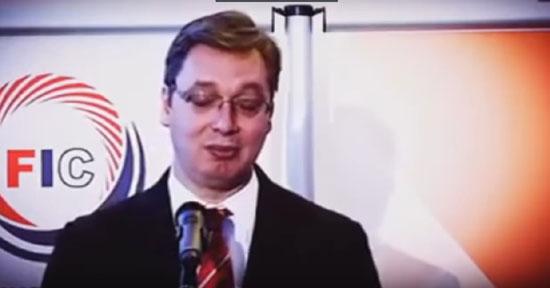 Премијер Александар Вучић на конференцији за новинаре, током говора о султану Мурату (Извор: НСПМ)