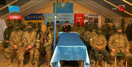 Борци муслиманског батаљона, распоређеног поред границе Крима