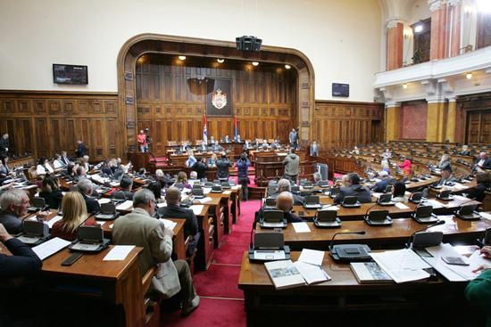 Скупштина Србије: Са два гласа против усвојен Закон о пресађивању органа