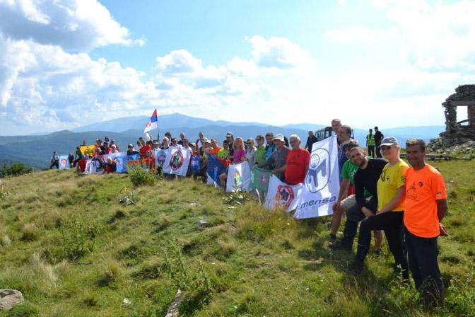 Na vrhu Veliki Kozjak u ostatku rova iz 1918. Ovaj vrh je 16. septembra prepodne zauzela Jugoslovenska divizija. Bugari su u kontranapadu opet zauzeli vrh, da bi ga Jugoslovenska divizija definitivno ponovo zauzela istog dana