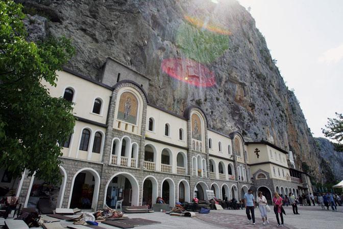 manastir-ostrog-0124.jpg