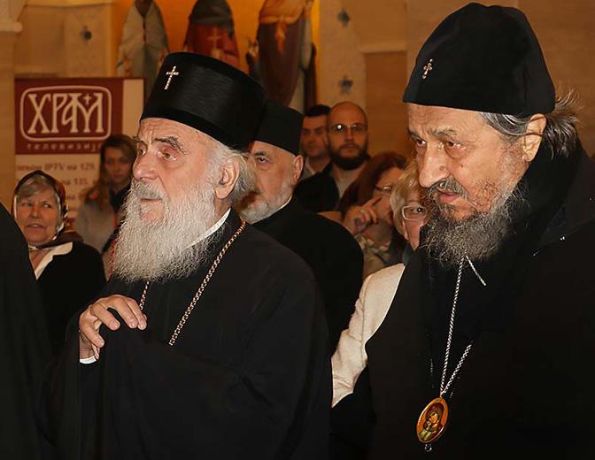 АЛАРМАНТНО! Православље НА УДАРУ: Желе да нам заваде Цркву! 3